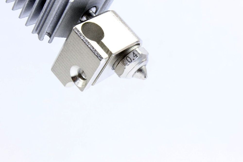 Dyze Design Tungsten Carbide Nozzle comes by default on Dyzend Pro Hotend